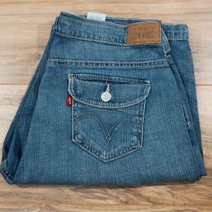 Levi's 515 shorts